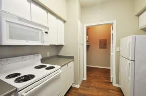 All Electric Kitchen at Stoneleigh on Cartwright Apartments, J Street Property Services, Mesquite