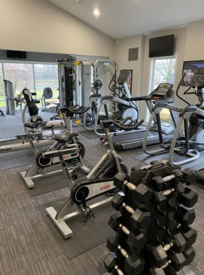 24/7 Fitness Center w/Tanning and Private Yoga Room