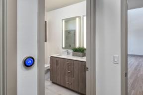 405 21 Bathroom 05