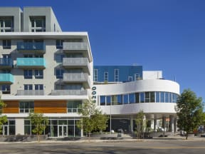 Exterior - Side View of the Q Variel - Luxury Apartments in Woodland Hills