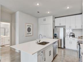 saint_mary_kitchen_1 in austin tx apartments