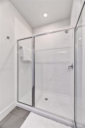 saint_mary_bathroom_2 in austin tx apartments