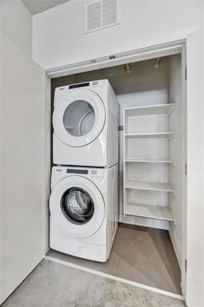 saint_mary_laundry_1 in austin tx apartments