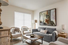 9' Ceilings at 310 @ Nulu Apartments, Kentucky, 40202