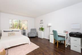 Hawthorne Apartments bedroom