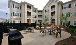 Community Grilling Stations at Aventura at Forest Park, Missouri, 63110