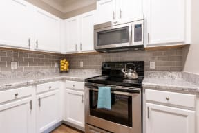 Carrington at Perimeter Park Apartment Kitchen