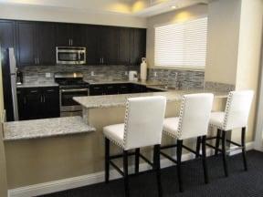 Kitchen  l Vineyard Gate Apartments in Roseville CA