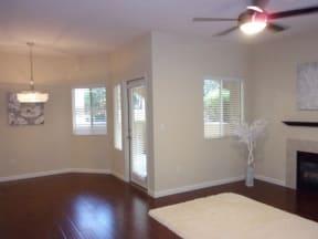 Living room l Vineyard Gate Apartments in Roseville CA