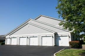 Bishop's Gate Luxury Apartments Cincinnati Attached Garages