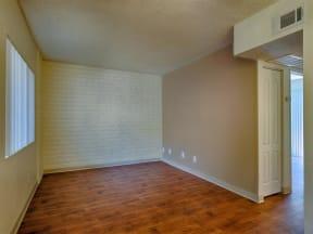 Hardwood Floors at Fountain Plaza Apartments, Tucson, Arizona
