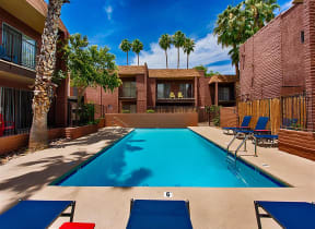 Resort-Style Pool at Fountain Plaza Apartments, Tucson, 85712