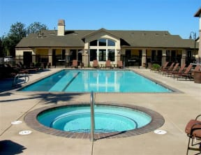 Apartments in Chico CA l Eaton Village Apartments pool and spa