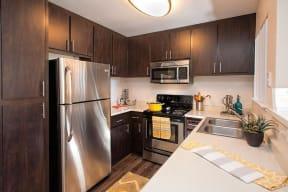 Luxury Apartments in Pittsburg CA - Kirker Creek Kitchen