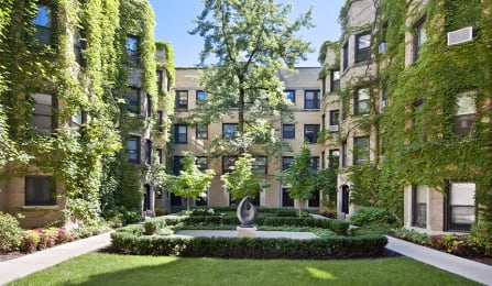 Beautiful Courtyard at Reside at 849, Chicago, IL,60613