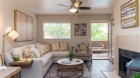 Living Room with ceiling fans in Oro Valley AZ