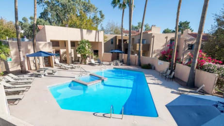 Casas lindas pool view with relaxation areas