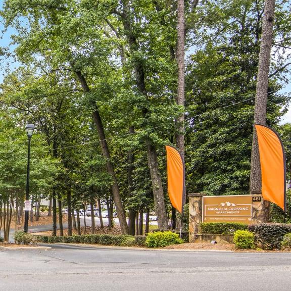 Entrance to Magnolia Crossing apartment homes in Macon, GA