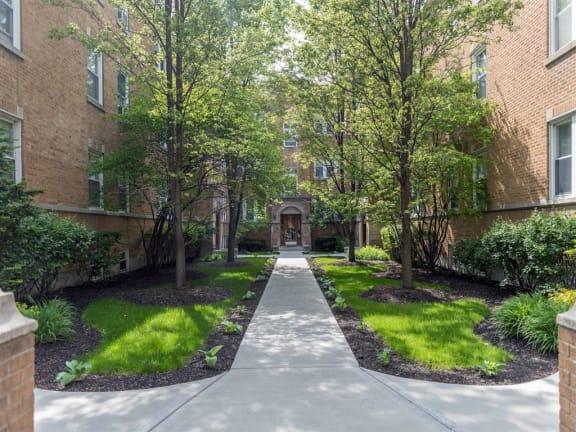 Ravenswood Chicago Apartment
