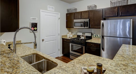 stainless appliances and marble counter tops at Algonquin Square Apartment Homes, Algonquin, IL, 60102