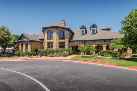 Leasing Center External View at Elan Apartment Homes, Austin, TX