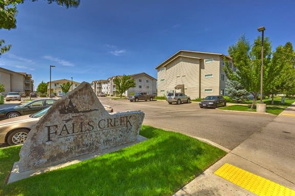 Monument sign at Falls Creek Apartments in Couer D'Alene ID 83815
