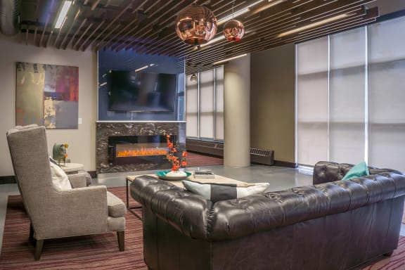 Clubhouse with Party Room at Cosmopolitan Apartments, Saint Paul, MN, 55101
