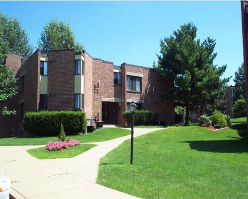 Outside View at Summit Apartments Latrobe, Pennsylvania