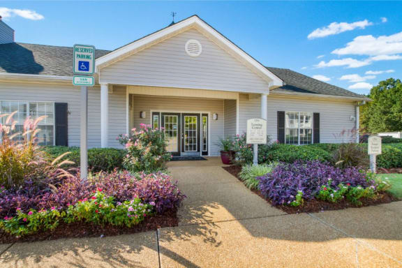 Grand Clubhouse Entrance at The Colony Apartment Homes, Columbus, Mississippi, 39702