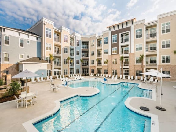 Front Pool View at Central Island Square, South Carolina