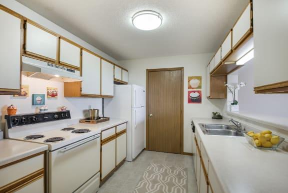 Evans Meadows Apartments in Elk River, MN Kitchen