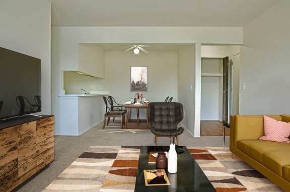 Living Room With Dining Area at Perry Place Apartments, Grand Blanc, 48439