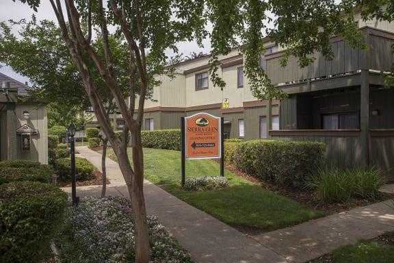 Sierra Glen Leasing Office Sign
