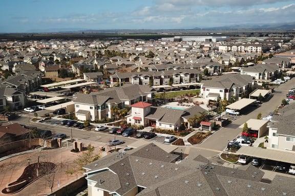 neighborhood_view at Siena Apartments, Santa Maria, CA, 93458