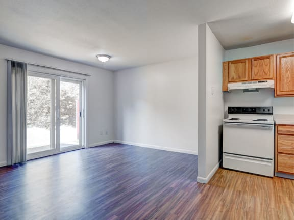 Four bedroom townhome for rent at Rolling Green Apartments in Amherst, MA
