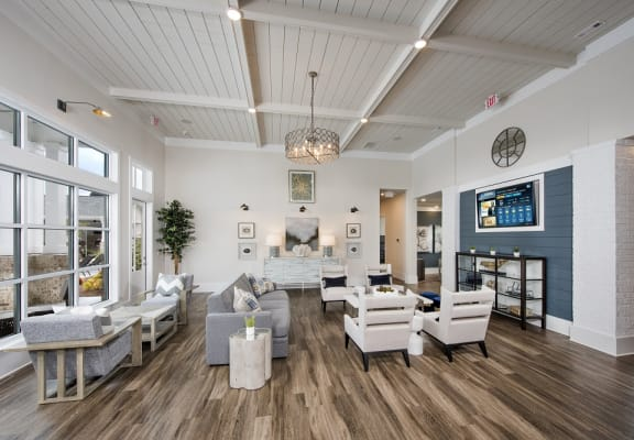Sitting area inside the resident clubhouse at Forest Pointe Apartments in Macon, GA