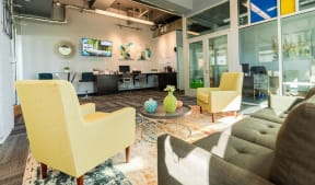 Seattle Apartments - Cosmopolitan Apartments - Indoor Common Area 1