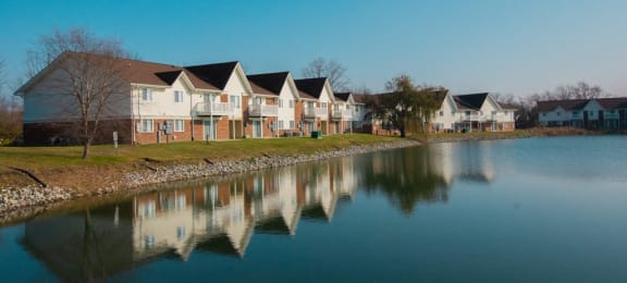 Lake With Lush Natural Surrounding at Waterstone Place Apartments, Indiana