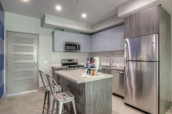 Stainless Steel Frigidaire Appliances at Miracle Mile, Los Angeles, CA