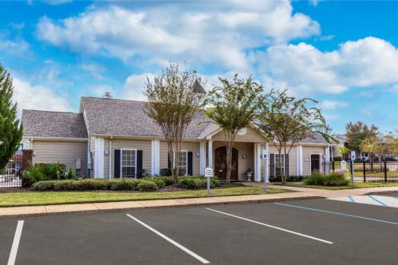 Beautiful Leasing Office at Bridgewater Apartment Homes, Brandon, Mississippi, 39047