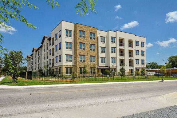 Apartment Homes Available at Rio Lofts, Texas