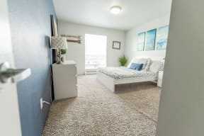 Renton Apartments - The Aviator Apartments - Bedroom 1