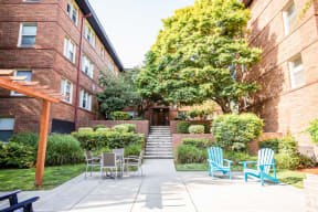 Seattle Apartments - Cadence Apartments - Common Patio