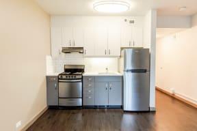 Seattle Apartments - Cosmopolitan Apartments - Kitchen