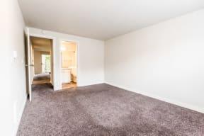 Tacoma Apartments - Sienna Apartments - Master Bedroom and Master Bath