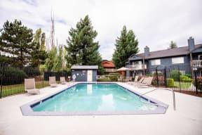 Tacoma Apartments - Monterra Apartments - Outdoor Pool