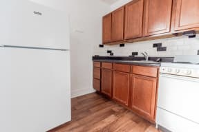 Seattle Apartments - Edwards on Fifth Apartments - Kitchen