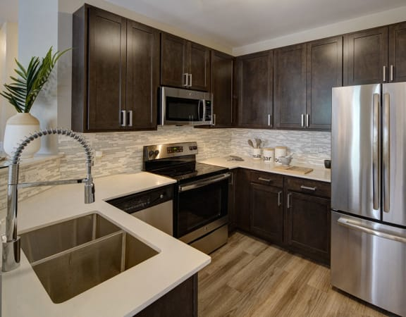 Modern Kitchen at City View at the Highlands, Lombard, IL 60148