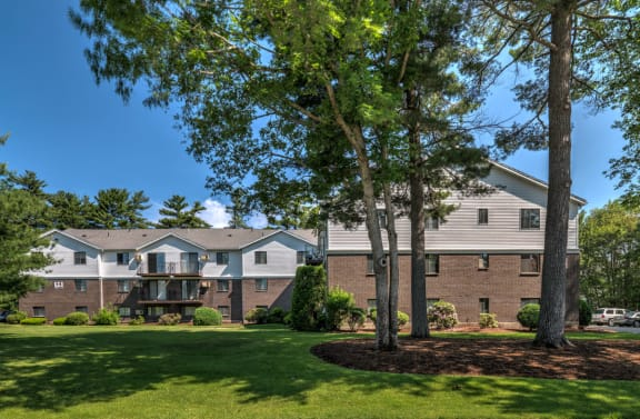 Mansfield Meadows Apartments in Mansfield, MA