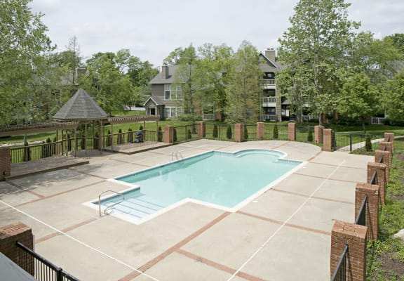 Sparkling Swimming Pool at Park Laureate Apartments in Louisville, KY 40220